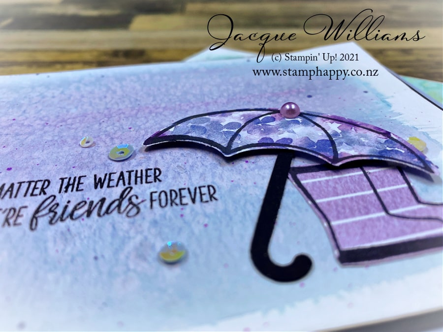 Make a beautiful blended background with your inks!  I'll explain which colors work well together, and which ones will end up making brown so you will be successful every time!  Join me for a stamping and craft class online or in person in New Zealand.